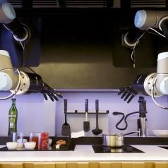 Moley le robot qui cuisine 2000 recettes