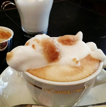 snoopy-3d-latte-art