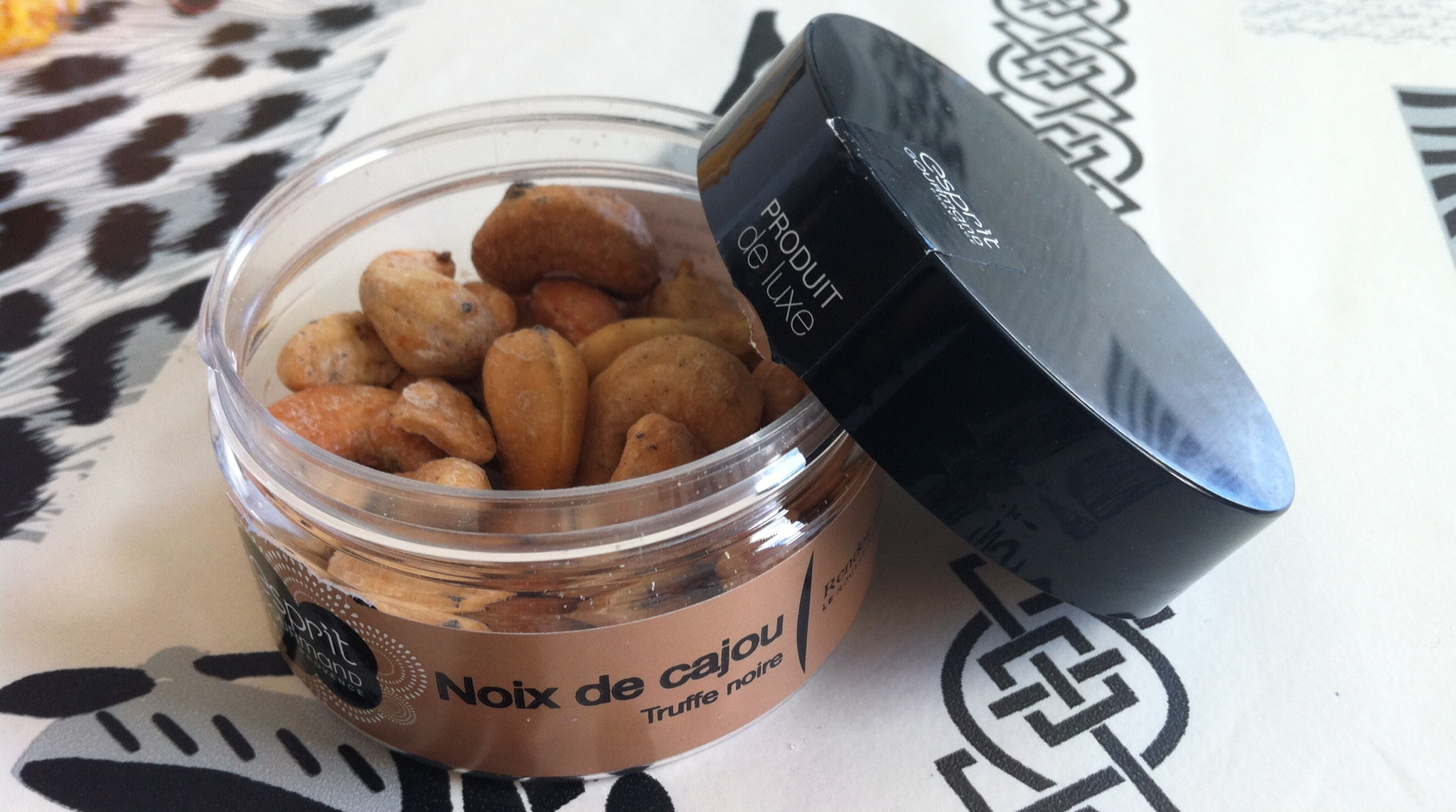 esprit-gourmand_noix-cajou-truffe
