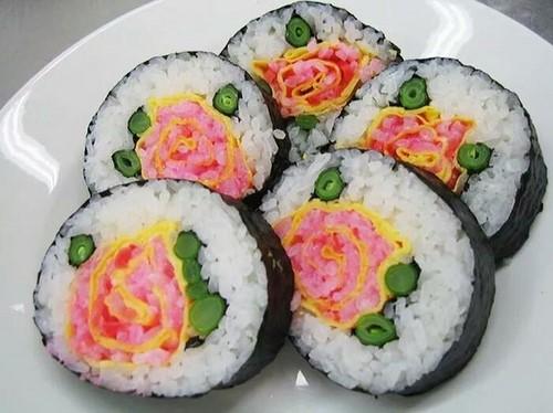 makis fleurs roses