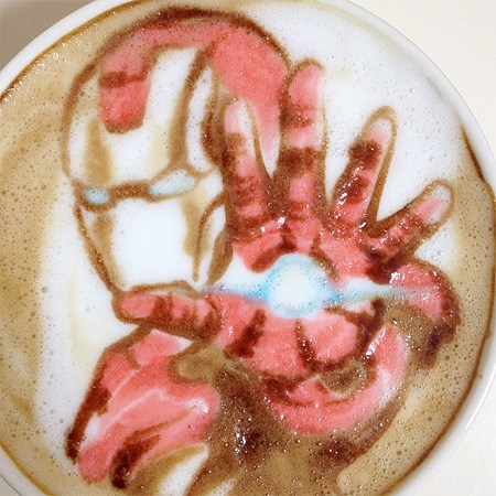 ironman-latte-art