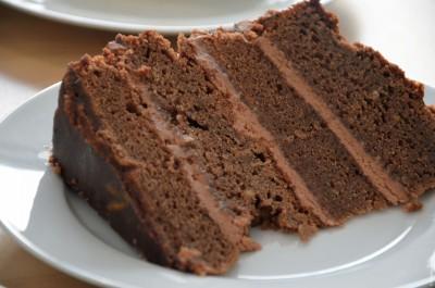 7 - SLICE OF CHOCOLATE ORANGE CAKE