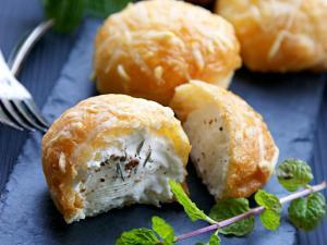 gougeres-au-fromage-et-la-recette-qui-troue-6505535